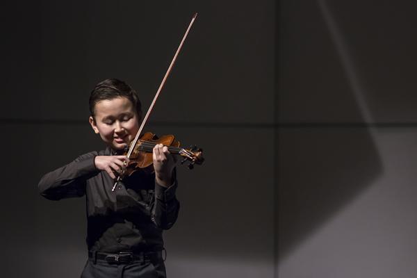 Daniel Lozakovitj_Junior First Round_menuhin_competition