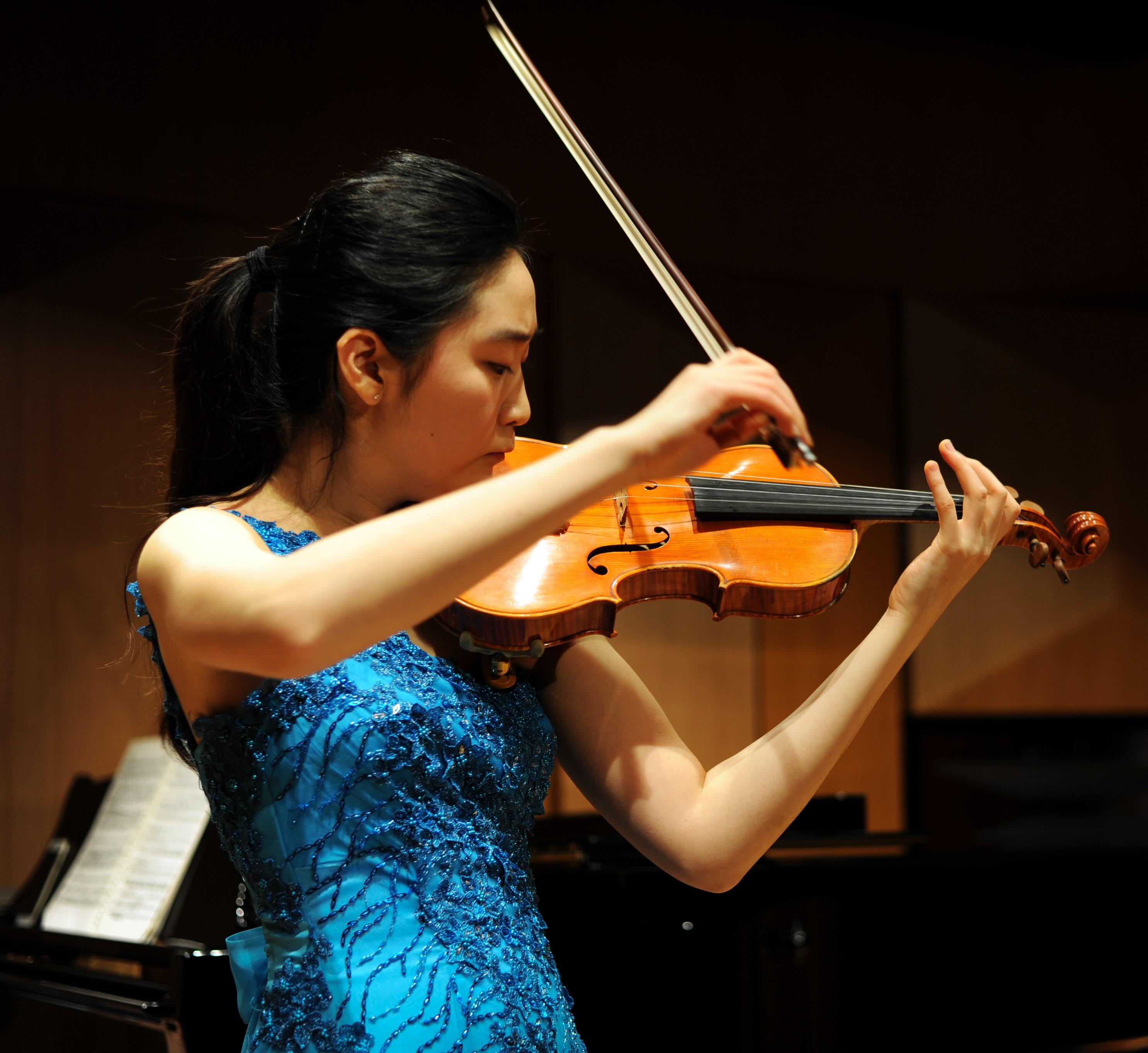 Yookyung Kang