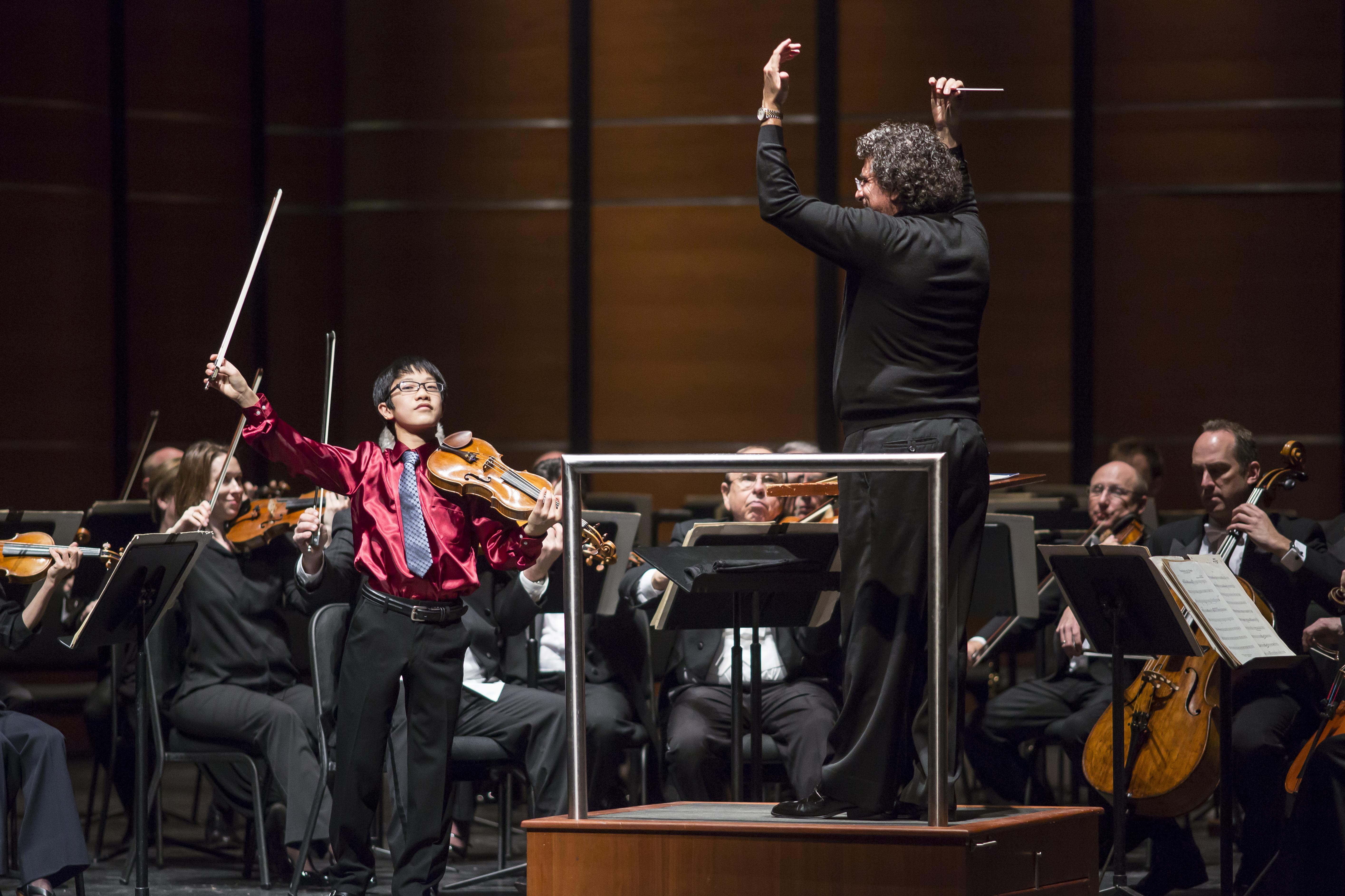 Fukuda with Cleveland Orchestra_cavazos-1771